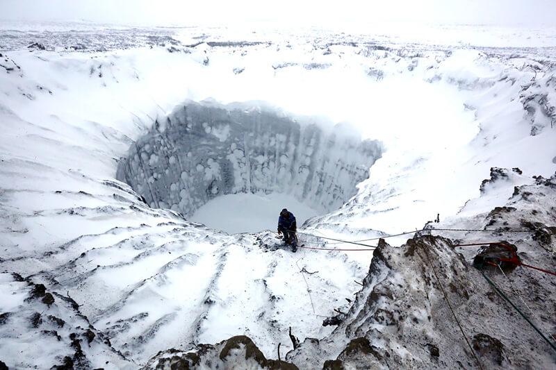 Agujero gigante yamal Rusia - cambio climatico