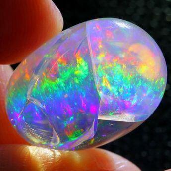 opalo con opalescencia