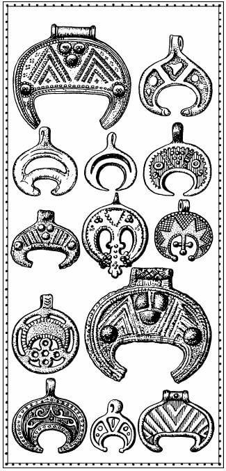 lunulas amuletos