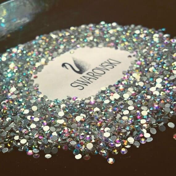 swarosvsky - cisne - diamantes falsos