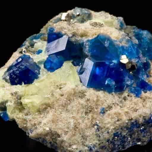 Rara sodalita cristalizada